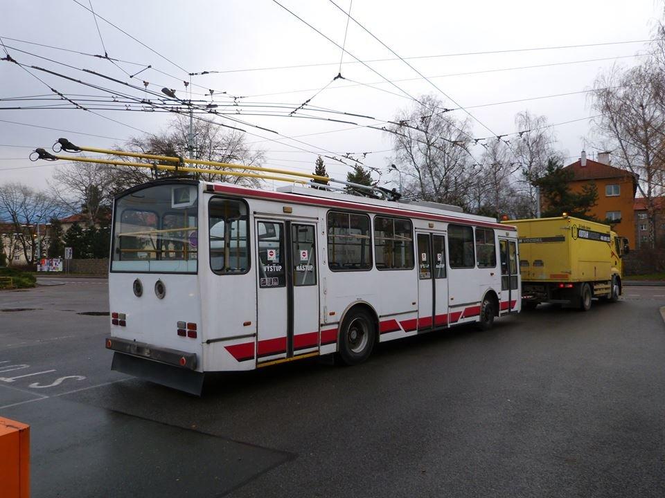 До Тернополя відправили черговий тролейбус із Чехії (фото), фото-3
