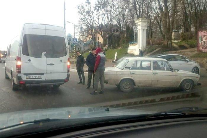 На Тернопільщині сталося дві ДТП з інтервалом в годину (фото), фото-1