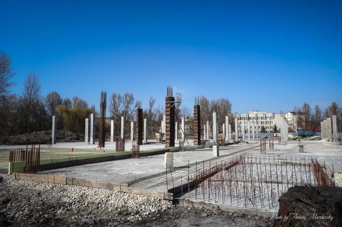 Майже у центрі Тернополя побудують ще один басейн і каток (фото), фото-3