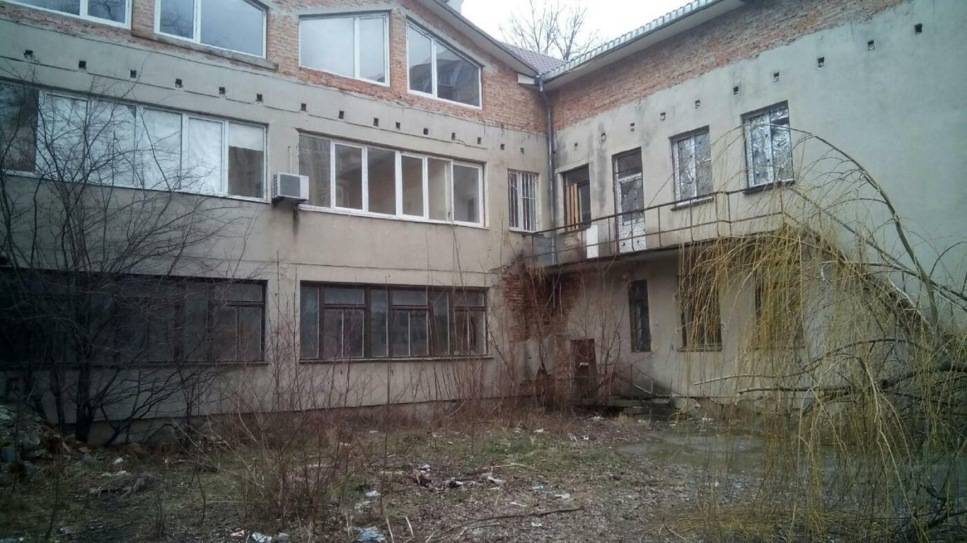 У Тернополі просять відновити і реанімувати закинуте приміщення на проспекті Злуки (фото), фото-4