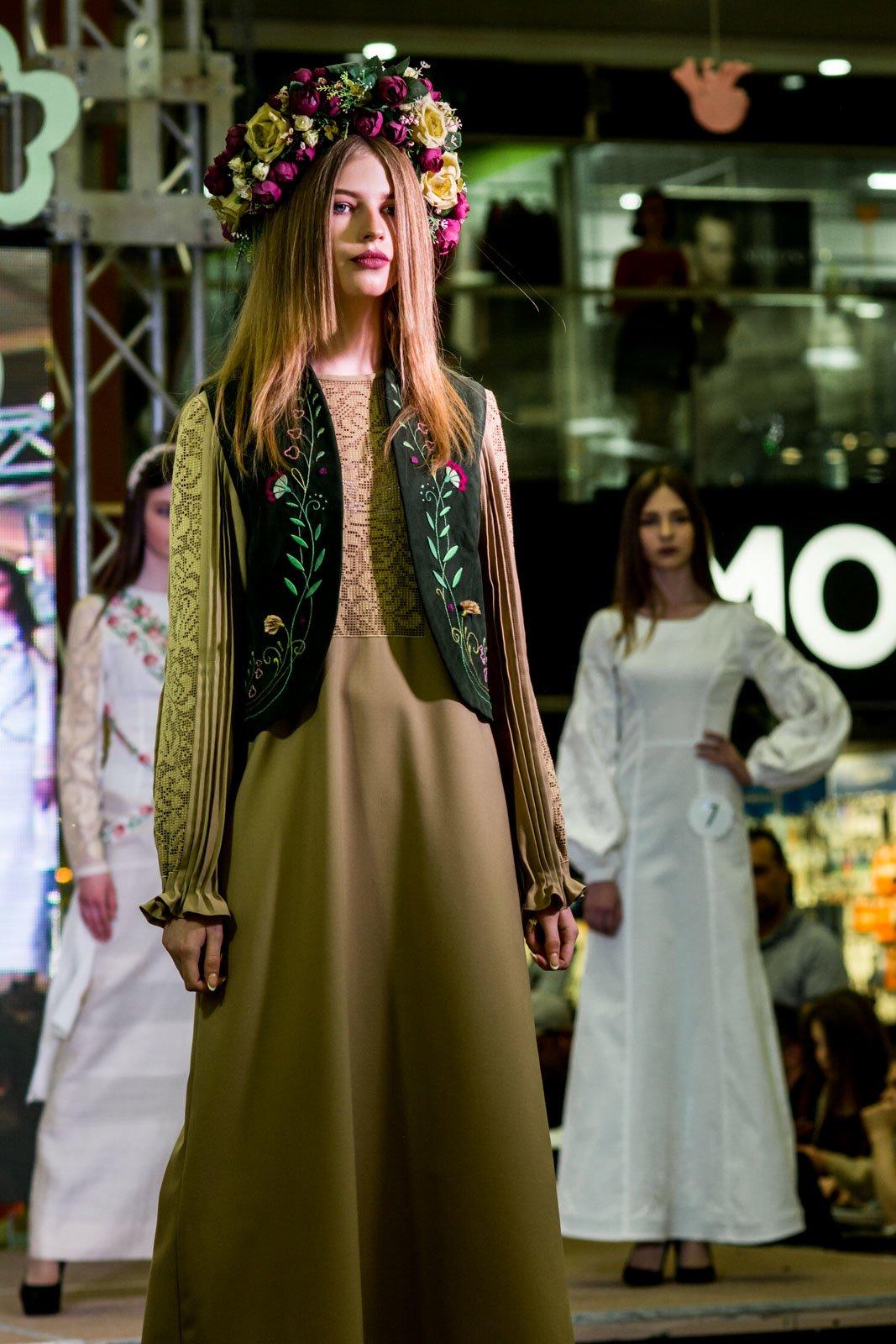 У Тернополі відбувся конкурс колекцій молодих дизайнерів одягу «Альтернатива» (фото), фото-1