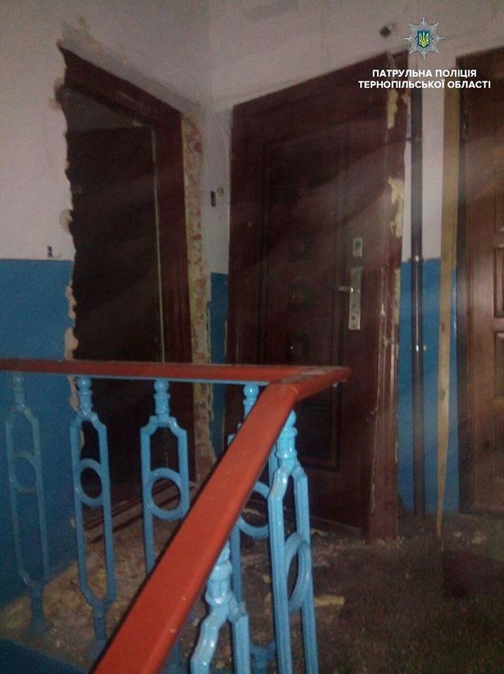 У Тернополі сусіди викликали поліцію до старенької жінки (фото), фото-2