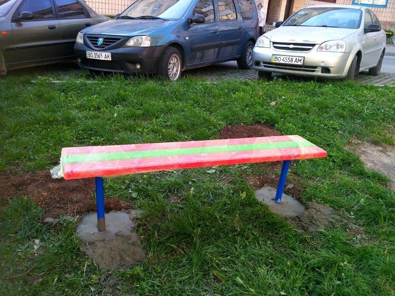 У Тернополі з'явився новий дитячий майданчик (ФОТО), фото-5