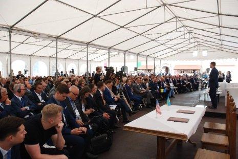 Степан Барна: Цьогорічний інвестфорум означатиме для Тернопільщини та її партнерів новий виток у розвитку міжнародного співробітництва (фот..., фото-6