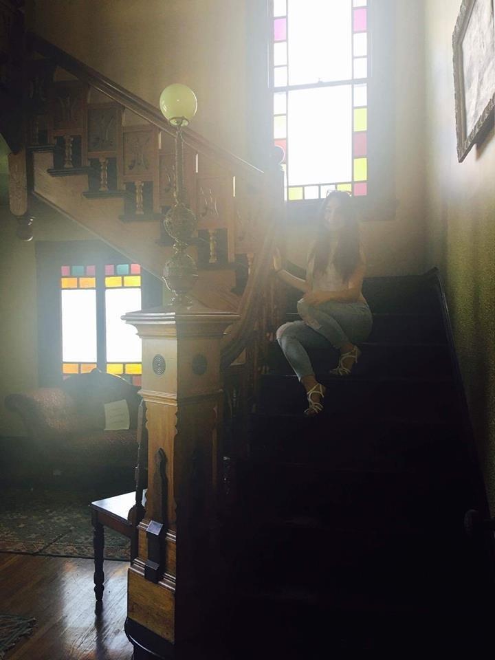 """""""Всередині він інакший"""": тернополянка побувала у будинку зі серіалу """"Всі жінки відьми"""" (ФОТО), фото-3"""
