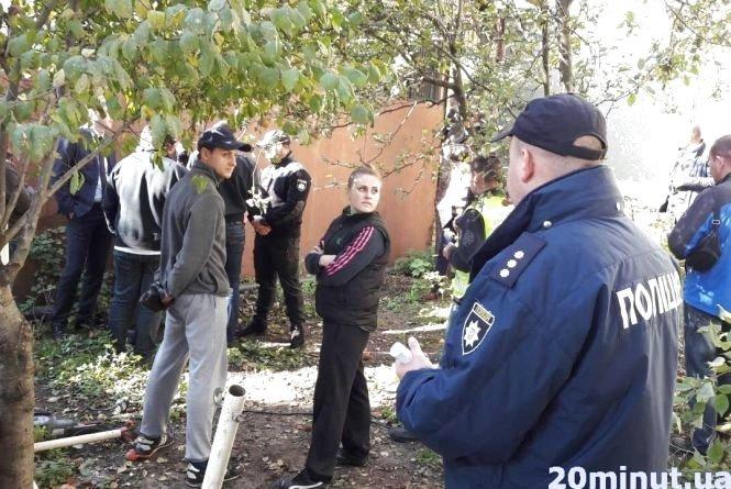 Шарпанина, поліція і сльозогінний газ: в Тернополі конфлікт на Енергетичній (фото, відео), фото-4