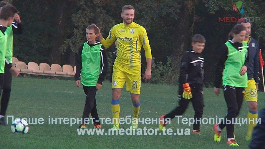 З рахунком 0:0 зіграли гравці команди «Реал Мадрид» в матчі проти тернопільських школярів (ФОТО, ВІДЕО), фото-2