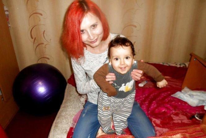 У Тернополі молода мама, яка виховує півторарічного сина, потребує порятунку (ФОТО), фото-1