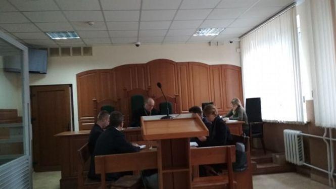За зґвалтування 64-річної матері тернополянина судять його друга: дружина переконує, що той не винен (ФОТО), фото-1