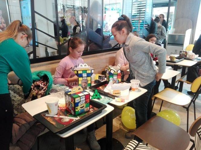 Тернопільський McDonald's вже приймає перших відвідувачів (ВІДЕО), фото-2