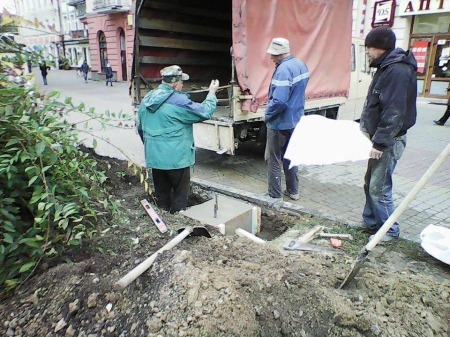 Скоро в Тернополі з'явиться ще одна принада для туристів: вже залито фундамент під п'єдестал макету зниклої будівлі (ФОТО), фото-1