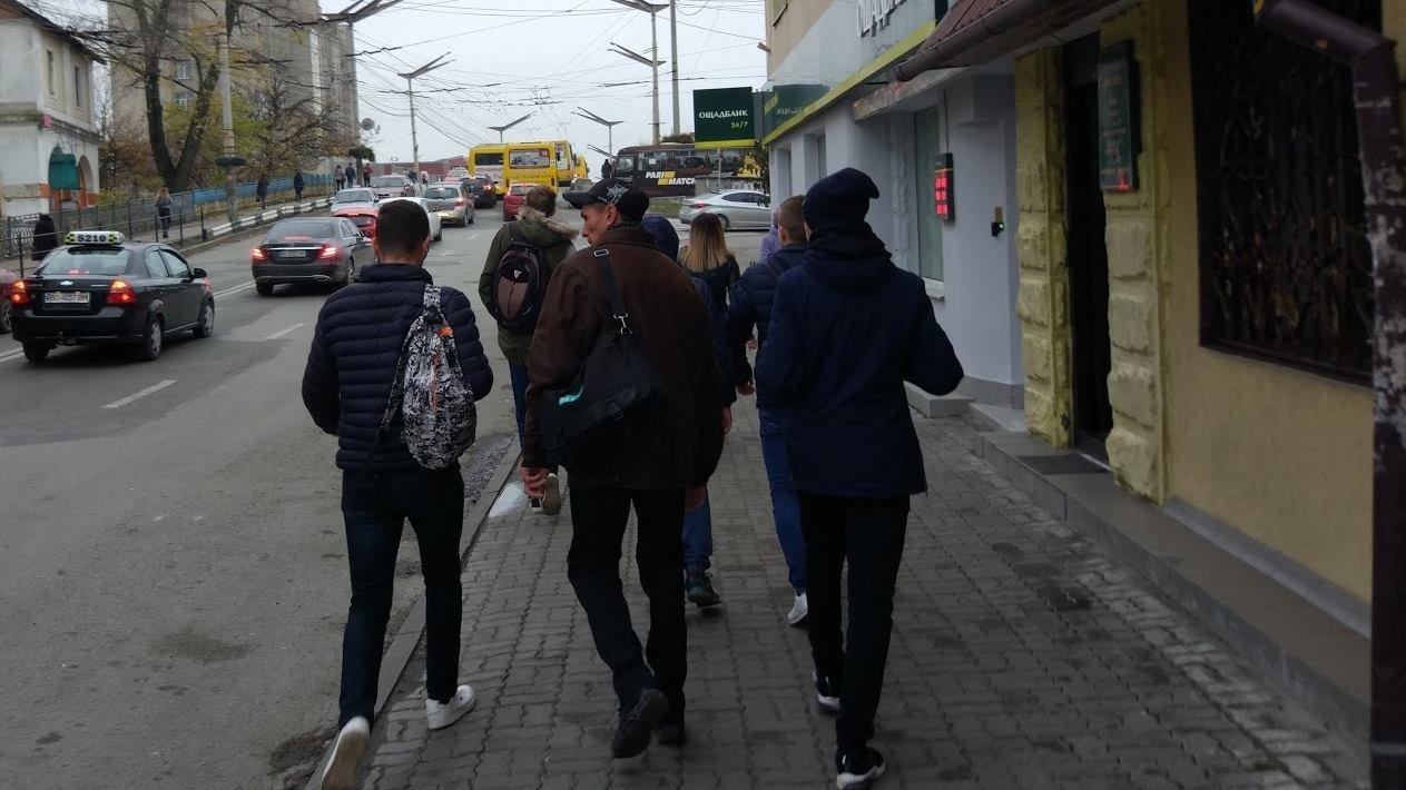 Флешмоб у Тернополі  #пішки_на_роботу в дії (ФОТО), фото-1