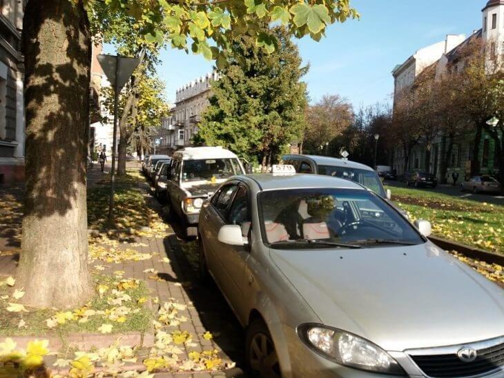 Чому на Тернопільщині — 1000 таксівок, а викликати жодну нереально?, фото-2