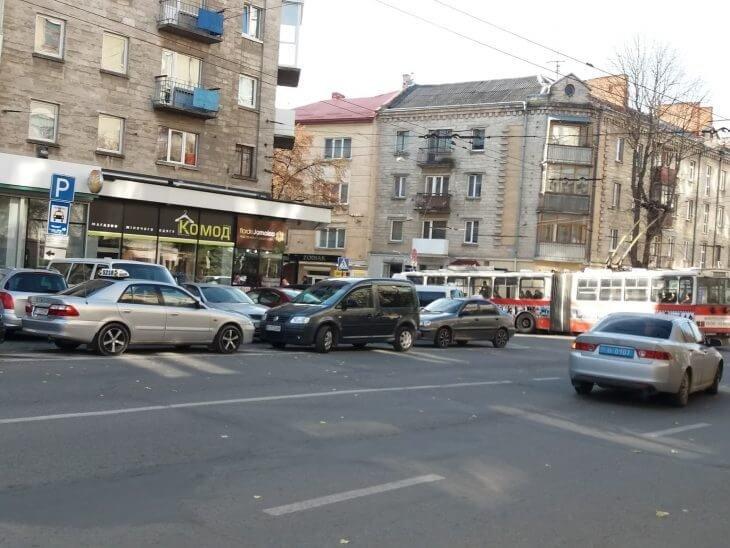 Чому на Тернопільщині — 1000 таксівок, а викликати жодну нереально?, фото-3
