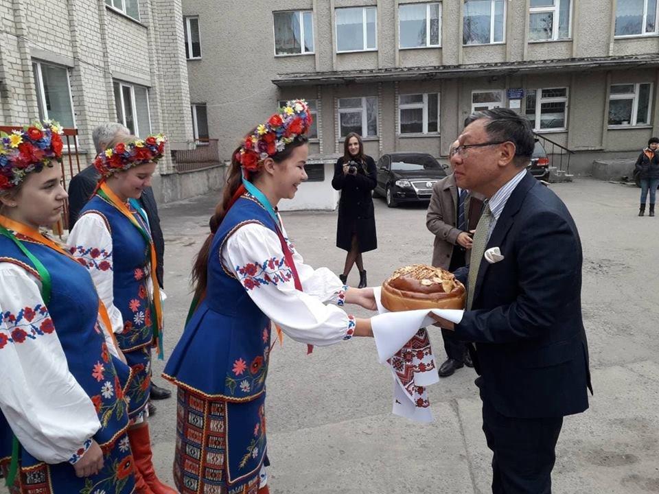 На Тернопільщину з важливою місією прибув посол Японії (ФОТО+ВІДЕО), фото-1