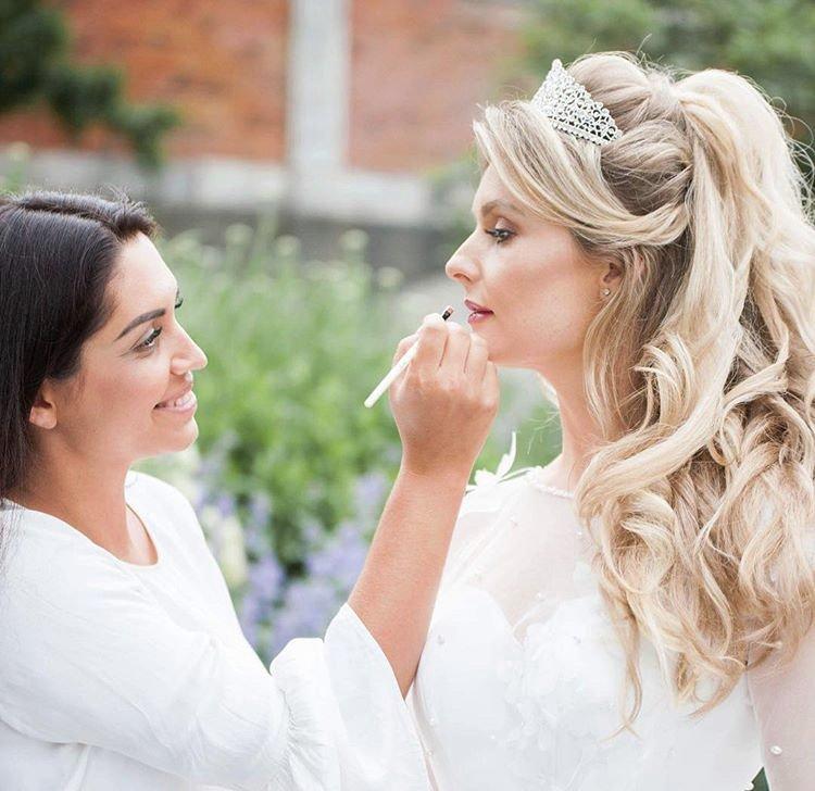 Тернополянка, яка працює стилістом у Лондоні, розповіла про особливості англійських весіль (ФОТО), фото-2