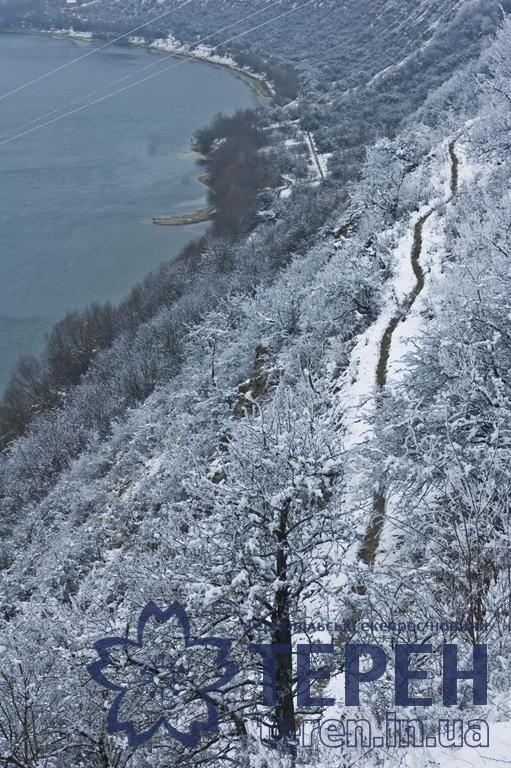 Неймовірна краса: як виглядає найвідоміший каньйон Тернопільщини під снігом (ФОТО), фото-3