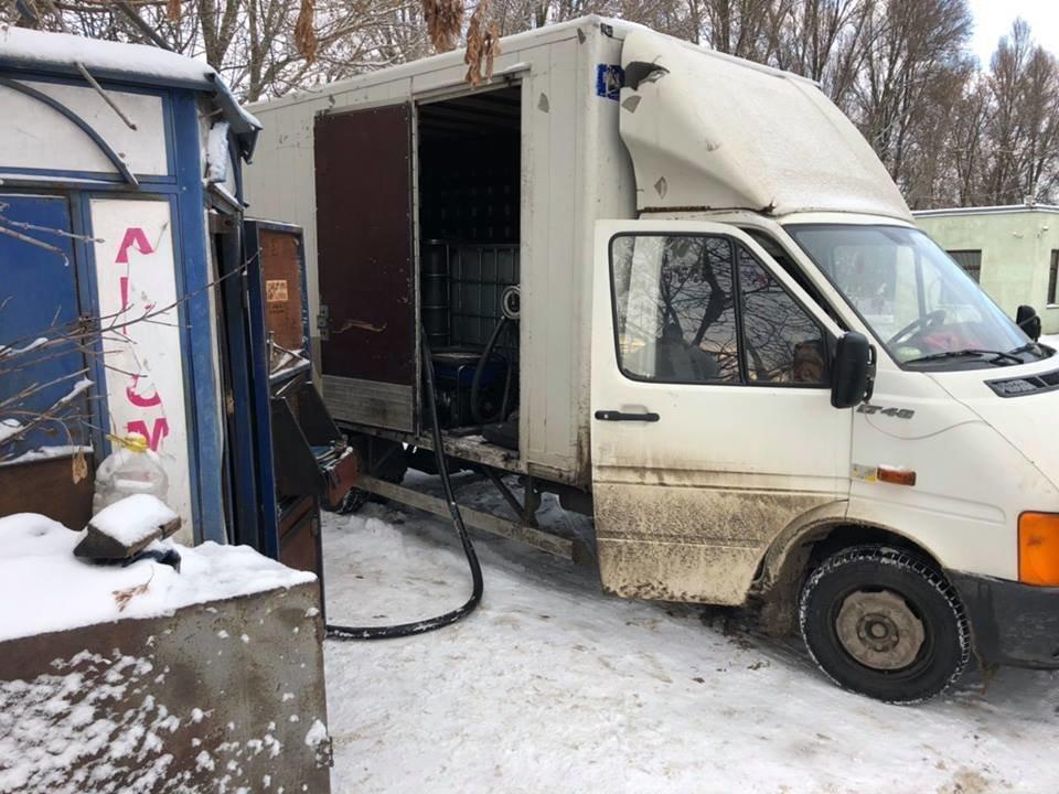 На 4 нелегальних АЗС Тернополя вилучили 42,5 тис. л дизпалива, фото-1