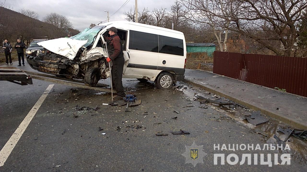 На трасі Львів-Тернопіль трапилось дві аварії, повідомляють про 7 постраждалих (ФОТО), фото-3