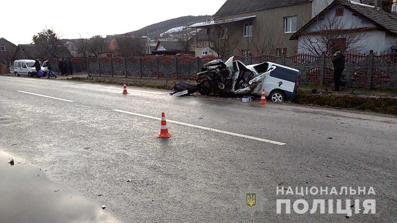 На трасі Львів-Тернопіль трапилось дві аварії, повідомляють про 7 постраждалих (ФОТО), фото-4