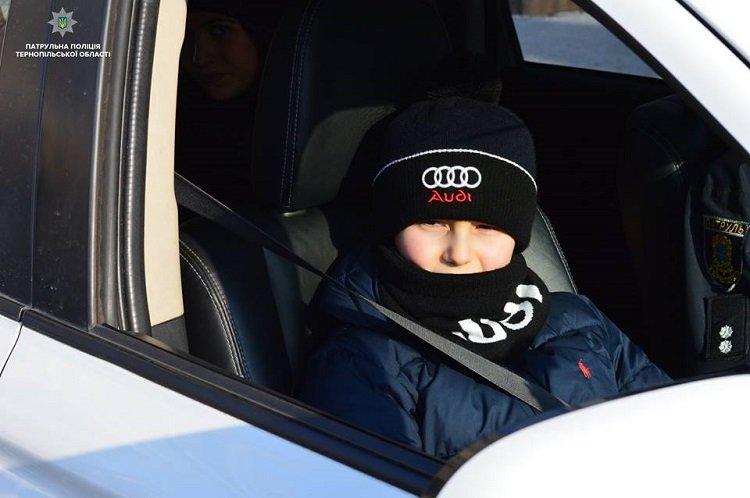 У Тернополі малеча попробувала себе в ролі поліцейських, фото-1