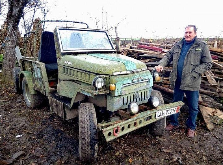 На Тернопільщині чоловік за прототипом дитячої машинки виготовив трактор-автомобіль (ФОТО), фото-1