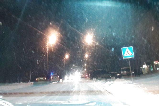 В Тернополі через слизьку дорогу стались вже дві ДТП (Фото), фото-1