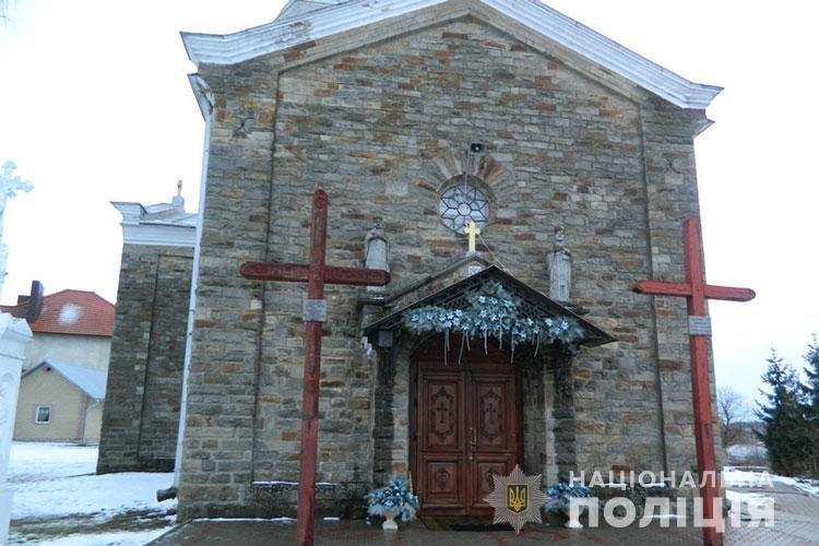 Поліцейські упіймали злодія, котрий обікрав церкву на Тернопільщині (ФОТО), фото-1
