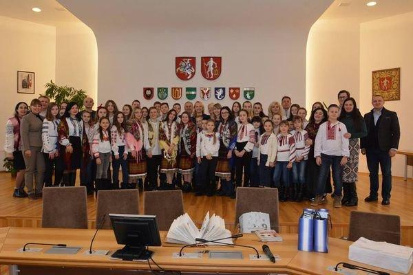 """Разом з """"Книгою Добра"""" країнами Балтії подорожують і школярі Тернопільщини (ФОТО), фото-1"""
