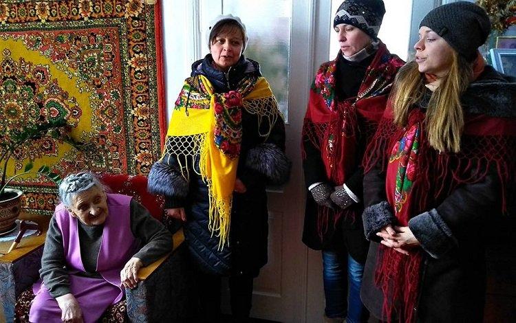 На Тернопільщині колядники навідалися до колишніх в'язнів ГУЛАГу (ФОТО), фото-2