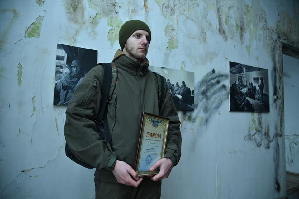 Зворушливий проект про оборону Донецького аеропорту презентували на Тернопільщині (ФОТО), фото-2