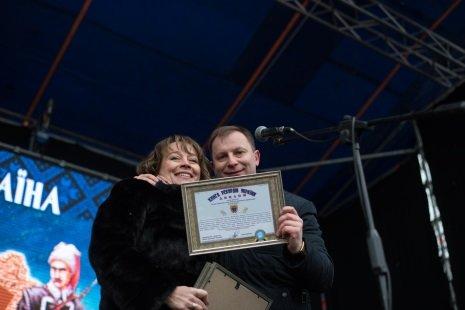 На День Соборності Тернопільщина і Хмельниччина встановили спільний рекорд (фото), фото-1