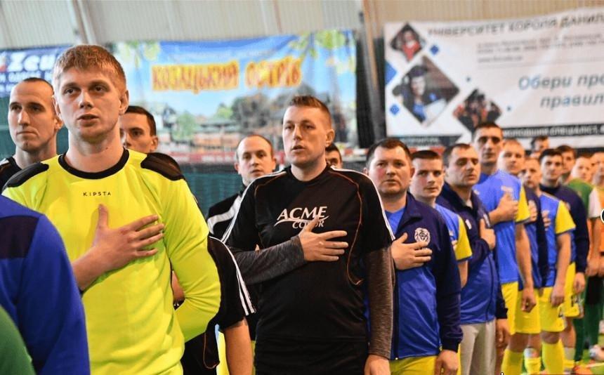 """Тернопільські футболісти вшанували пам'ять """"кіборгів"""" (ФОТО), фото-1"""