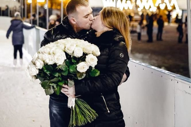 """Романтичне освідчення на тернопільській ковзанці: дівчина сказала: """"Так!"""" (ФОТО+ВІДЕО), фото-2"""