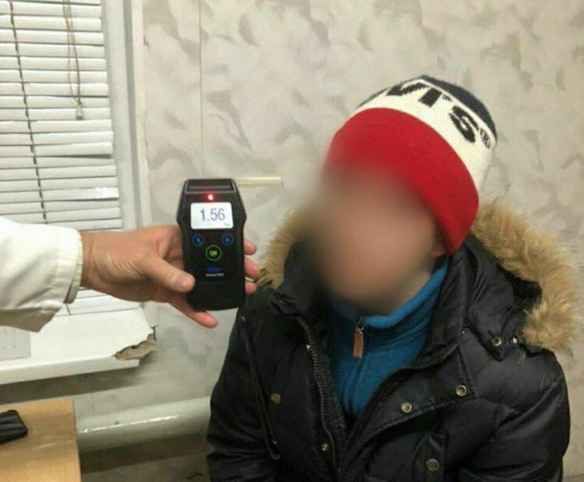 П'яний тернополянин за кермом авто влаштував у Чернівцях погоню з поліцією (ФОТО), фото-1