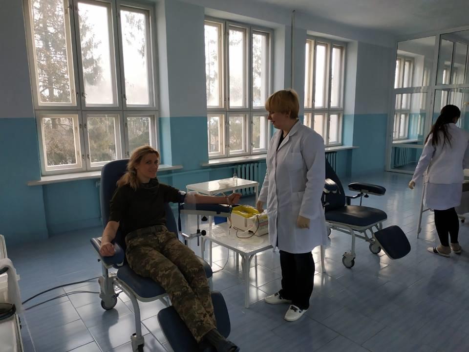 Тернопільські артилеристи долучилися до допомоги недоношеній дівчинці (ФОТО), фото-3
