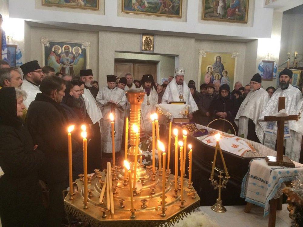 Біля Тернополя поховали архієпископа Іова (ФОТО), фото-1