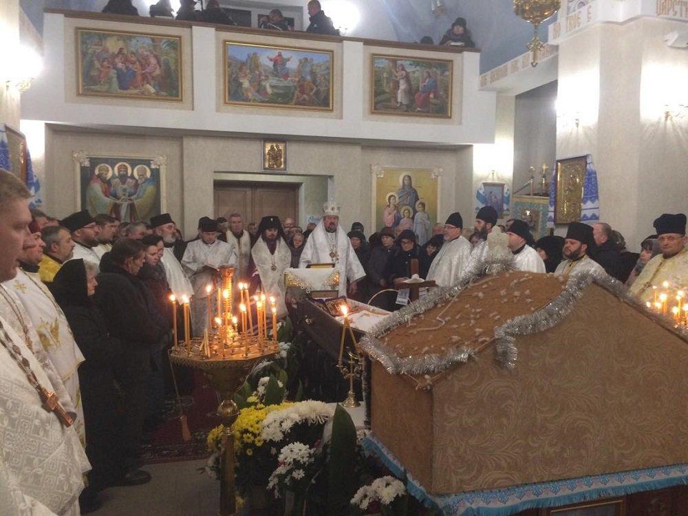 Біля Тернополя поховали архієпископа Іова (ФОТО), фото-2