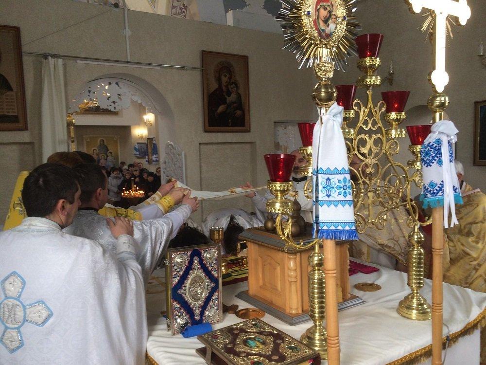 Біля Тернополя поховали архієпископа Іова (ФОТО), фото-4
