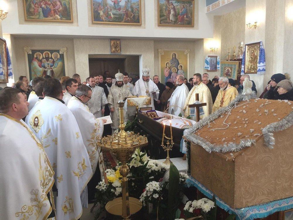 Біля Тернополя поховали архієпископа Іова (ФОТО), фото-5
