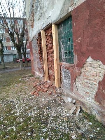 У Тернополі на проспекті Злуки може завалитися п'ятиповерховий сімейний гуртожиток (ФОТО), фото-2