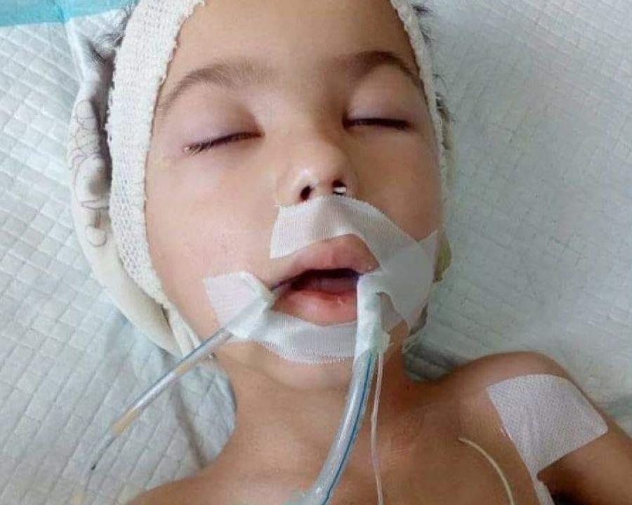 """""""Славчикові знову погіршало, і батьки у повному відчаї"""": на Тернопільщині хлопчик вже другий місяць лежить у комі (ФОТО), фото-3"""