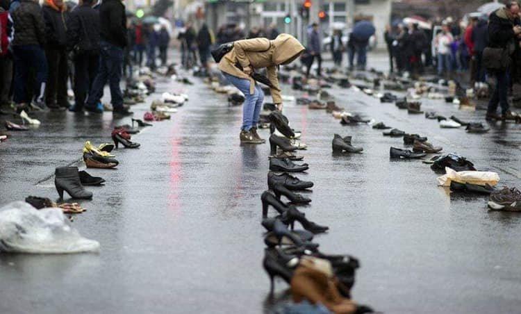 Взуття тернопільських заробітчан вистачило б, щоб скласти з них Говерлу, фото-1
