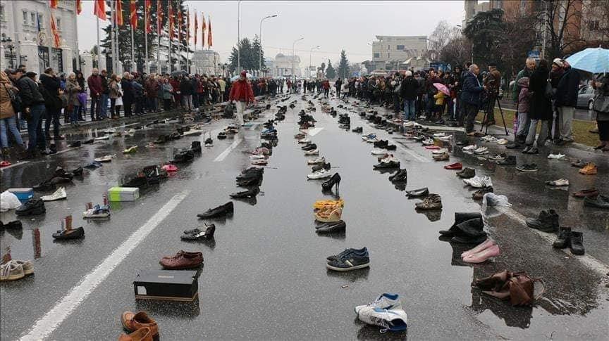 Взуття тернопільських заробітчан вистачило б, щоб скласти з них Говерлу, фото-2