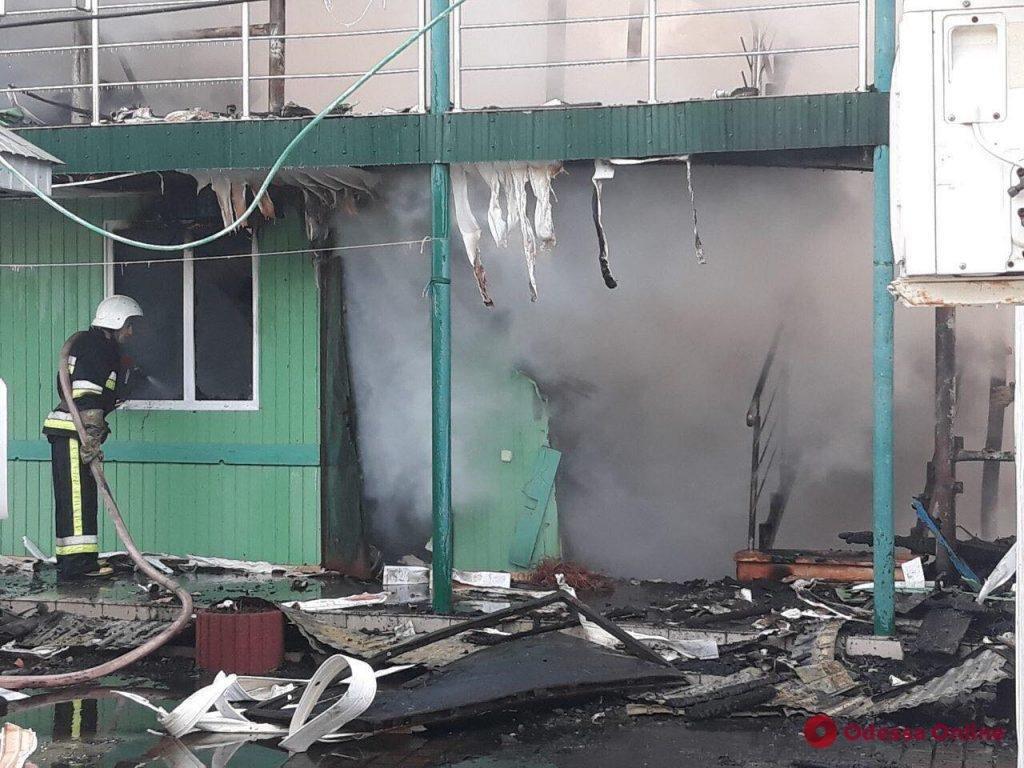 В Затоці вщент згоріла база відпочинку, яка належить тернопільському підприємству (Фото), фото-3