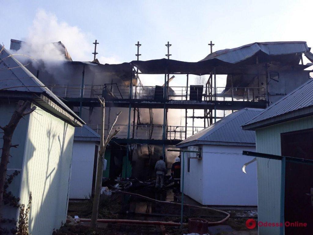 В Затоці вщент згоріла база відпочинку, яка належить тернопільському підприємству (Фото), фото-4
