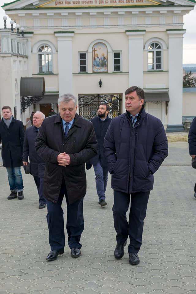 """Не тоне: екс-губернатор Тернопільщини """"всплив"""" під час візиту в область проросійського кандидата, фото-1"""