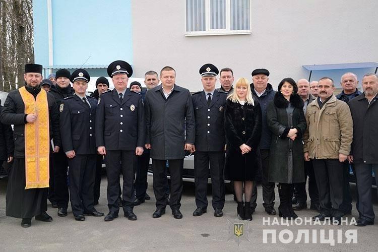 Нові авто тернопільської поліції освятив священик (ФОТО), фото-2