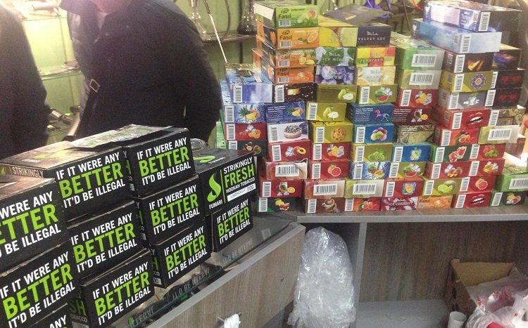 У Тернополі продавали нелегальний тютюн для кальянів загальною вагою у 50 кг (ФОТО), фото-1