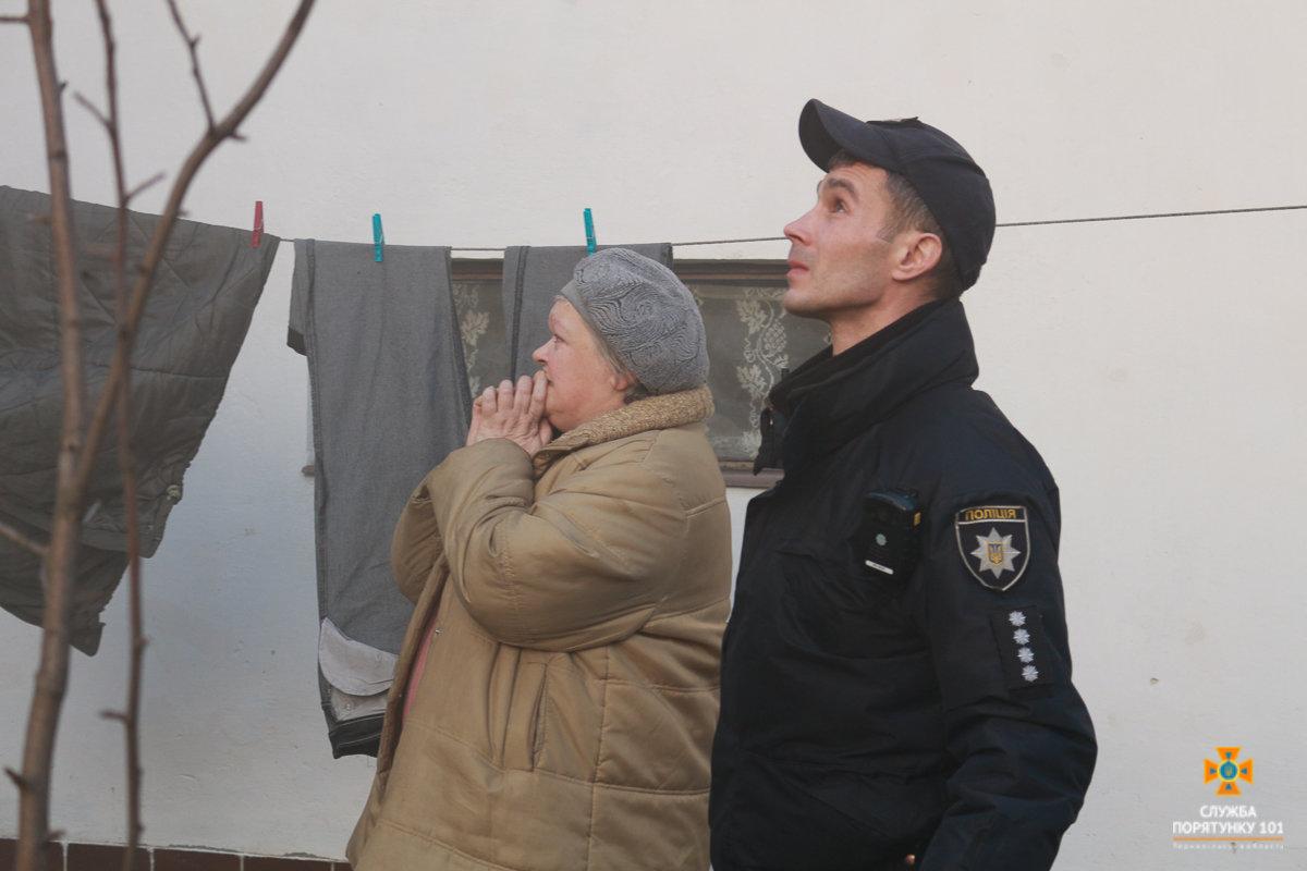 Пожежу житлового будинку на Галицькій гасили майже три години аж 20 рятувальників (Фото), фото-1